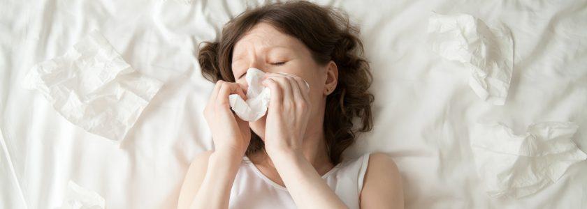 Herramientas de limpieza para reducir alérgenos en casa. - Brillocor